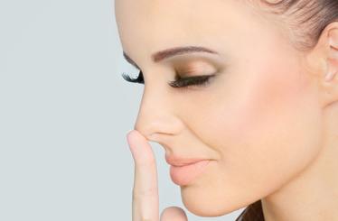 finger-nose